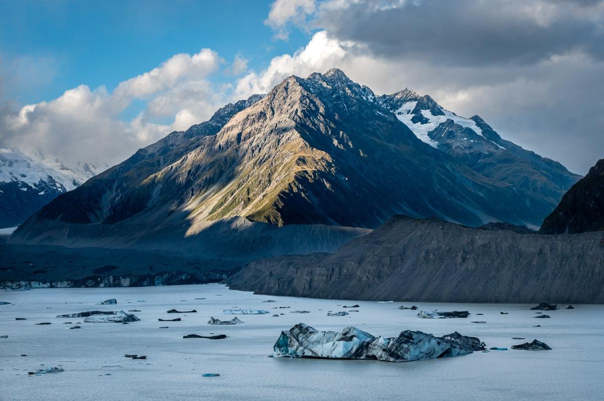Tasman glacier lake, Mount Cook National Park, New Zealand.
