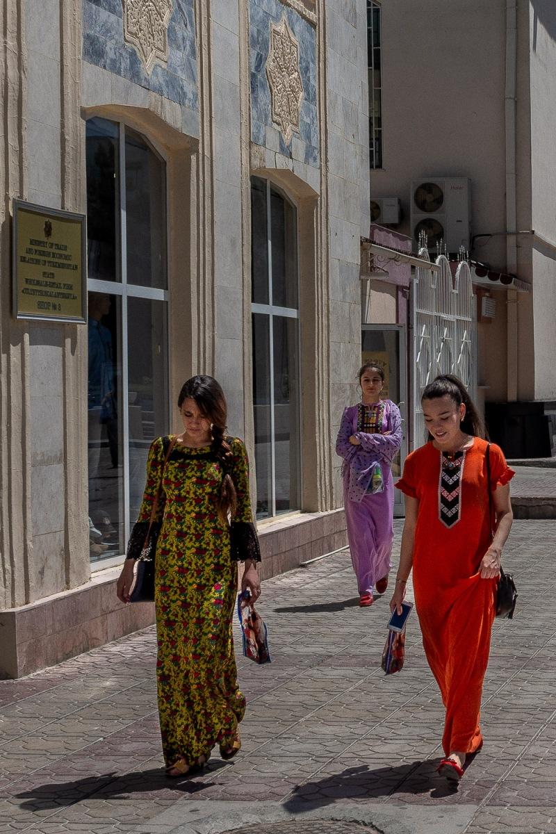 Women on the way to the Sunday bazar, Ashgabat, Turkmenistan.
