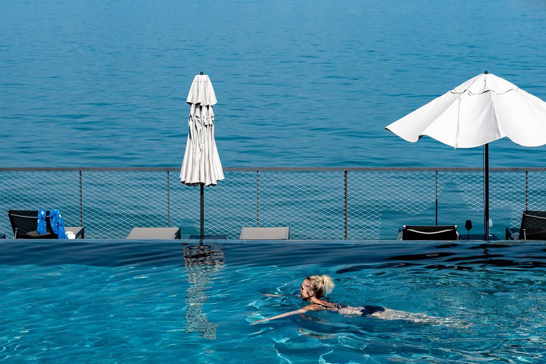 Travelgrapher.com-Inspire-Italy-Lake-Maggiore-Stresa-Swimming-Pool