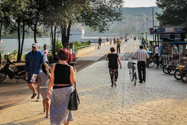 Travelgrapher.com-Inspire-Albania-Tirana-Boulevard