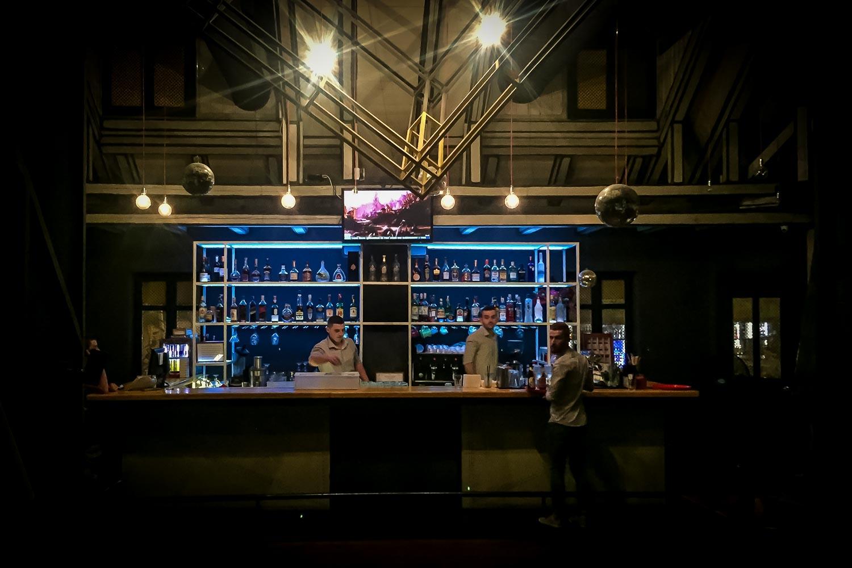 Travelgrapher.com-Inspire-Albania-Tirana-Nightclub