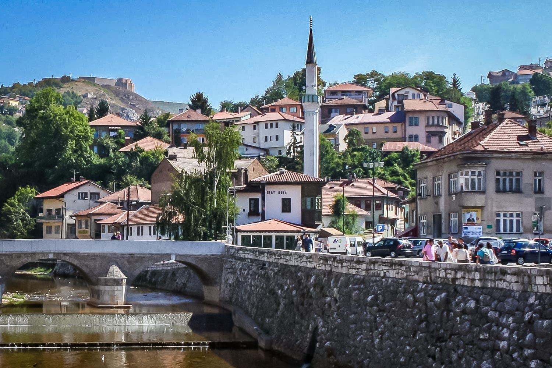 Travelgrapher.com-Inspire-Bosnia-And-Herzegovina-Sarajevo-Old-Town