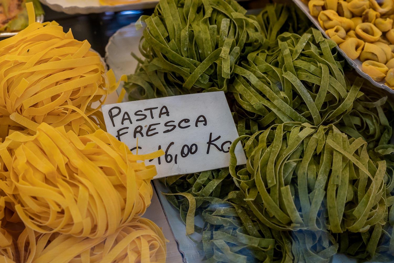 Travelgrapher.com-Inspire-Italy-Lake-Iseo-Pasta