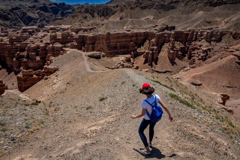 Travelgrapher.com-Inspire-Kazakhstan-Charyn-Canyon-Climbing
