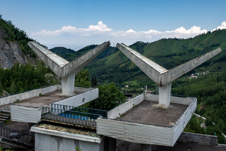 Travelgrapher.com-Inspire-Kazakhstan-Medeu-Stands