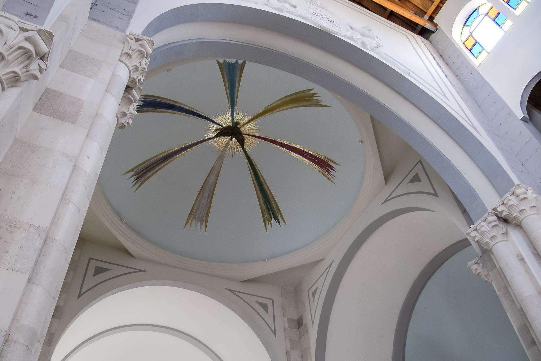 Travelgrapher.com-Inspire-Kosovo-Pristina-Mother-Teresa-Cathedral