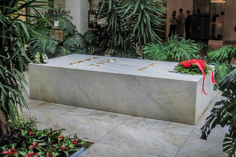 Travelgrapher.com-Inspire-Serbia-Belgrade-Tito-Mausoleum