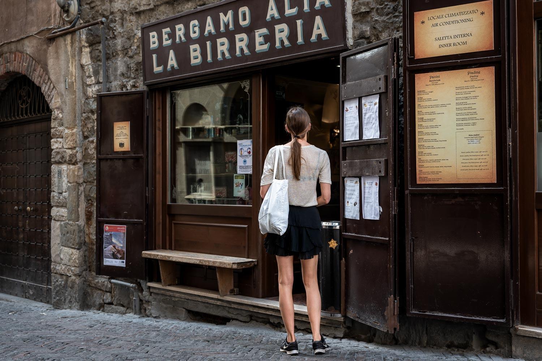 Travelgrapher.com-Inspire-Italy-Bergamo-Old-Town-La-Birreria