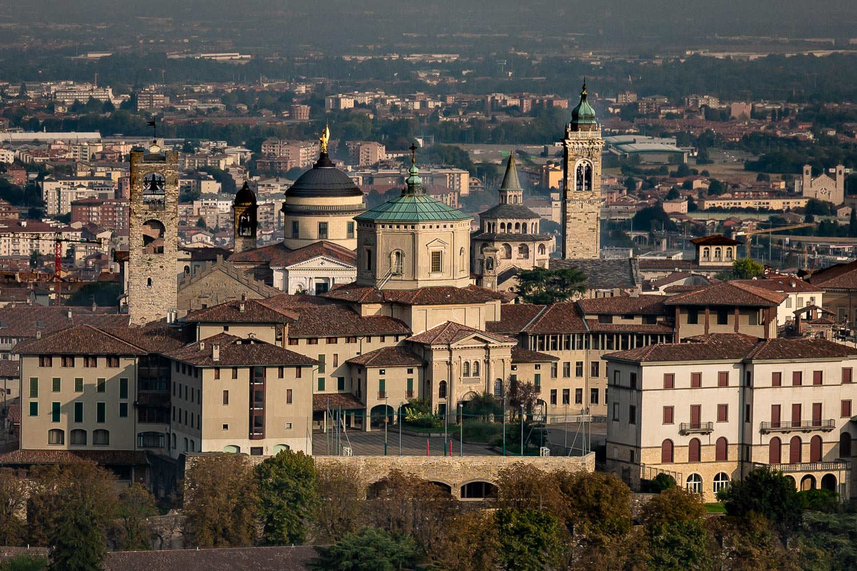 Travelgrapher.com-Inspire-Italy-Bergamo-Old-Town-View