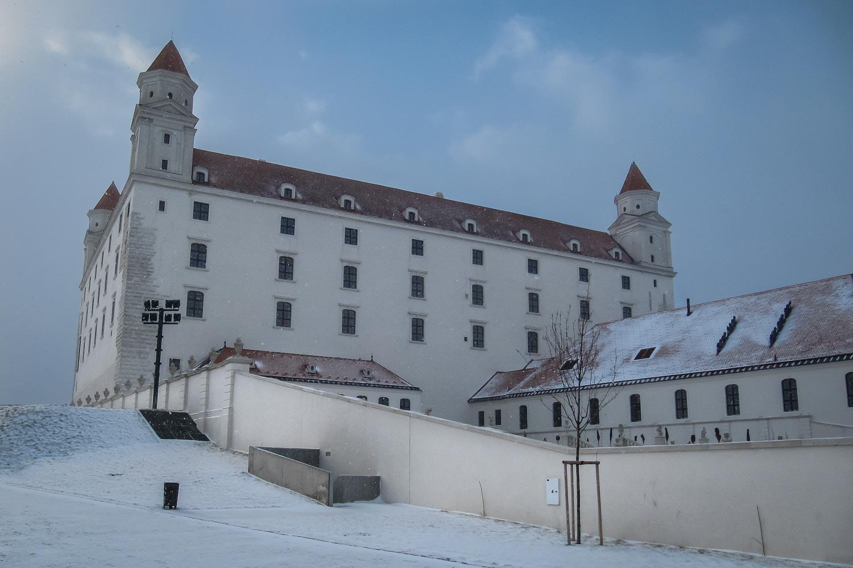 Travelgrapher.com-Inspire-Slovakia-Bratislava-Castle