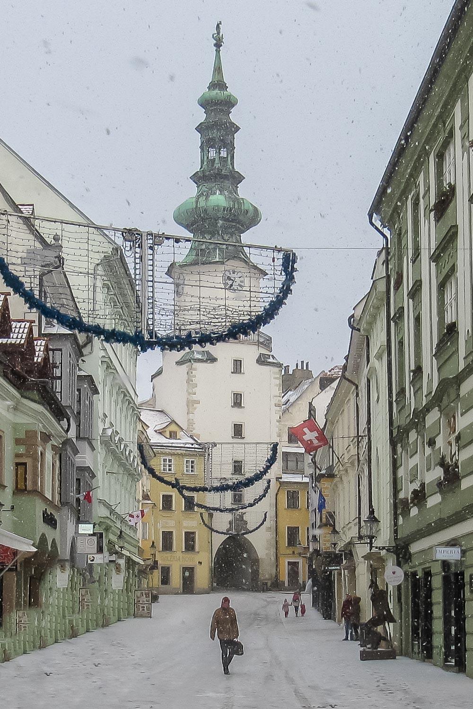Travelgrapher.com-Inspire-Slovakia-Bratislava-Old-Town