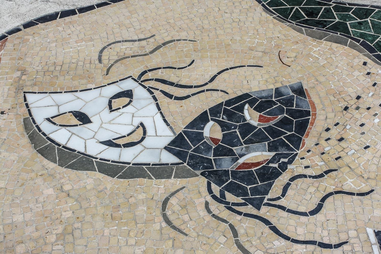Travelgrapher.com-Inspire-Spain-Tarragona-Rambla-Nova-Mosaic