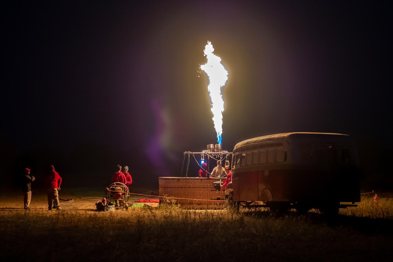 Travelgrapher.com-Inspire-Myanmar-Bagan-Hot-Air-Balloon-Fire