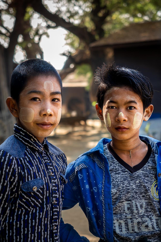 Travelgrapher.com-Inspire-Myanmar-Lekkapin-Village-Boys-Thanaka