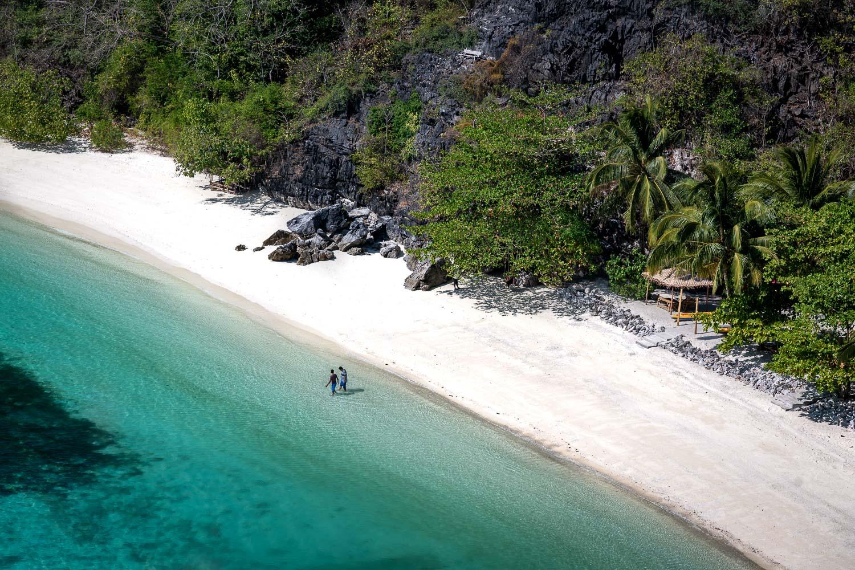 Travelgrapher.com-Inspire-Myanmar-Mergui-Horse-Shoe-Island-Bay