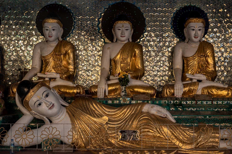Travelgrapher.com-Inspire-Myanmar-Yangon-Shwedagon-Pagoda-Buddha-Statues